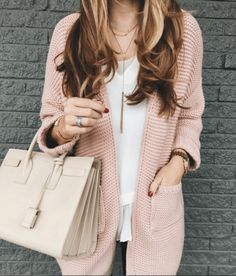 love this pink sweater! Great weight for Spring & Summer