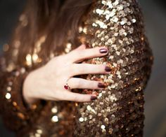Lace and Zippers Trending Topic: Gold Sequins New Fashion Trends, Fashion Models, Fashion Inspiration, Glamour, Gold Sequins, Gold Gold, Gold Rush, Favim, Gold Fashion
