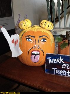 Cool Pumpkin Carving Ideas: Latest Editions 2013 Most Awesome Pumpkin Carving Designs