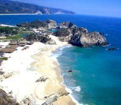Playa Zicatela, #Oaxaca, México.Surfistas de todo el mundo acuden a Zicatela para desafiar las olas y participar en torneos de clase mundial.  BestDay.com.mx  #OjalaEstuvierasAqui #BestDay