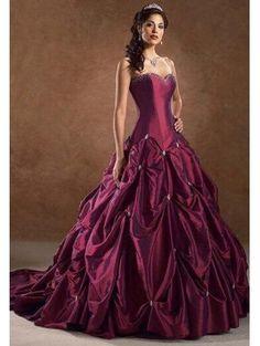 Vin rouge taffetas robe de mariée gothique