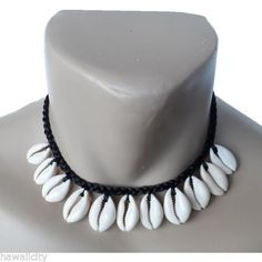 Hawaiian-Jewelry-Cowry-Shell-Necklace-Black-16-034-Choker-From-Maui-Hawaii