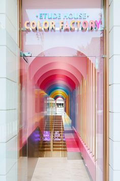 The Best Interior design – Lo mejor de diseño de interiores The Best Interior design – The best of interior design Shop Interior Design, Design Shop, Retail Design, Commercial Design, Commercial Interiors, Retail Space, Shop Interiors, Retail Shop, Booth Design