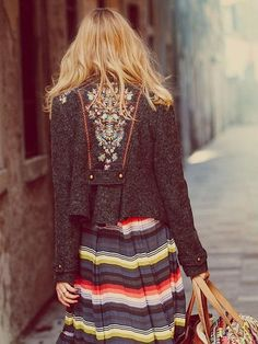 Folk Style. Absolutely in love with this jacket