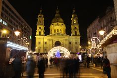 Budapest Christmas Market Copyright Fütő Beáta. More Christmas Markets on @ebdestinations