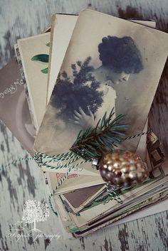 Spicer + Bank: by Allison Egan: A White Christmas! Noel Christmas, Vintage Christmas Cards, Vintage Holiday, Country Christmas, Simple Christmas, Beautiful Christmas, Winter Christmas, Winter Diy, Old Fashioned Christmas