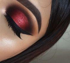 Red Makeup Looks, Red Eye Makeup, Glitter Eye Makeup, Colorful Eye Makeup, Eye Makeup Tips, Makeup Style, Red And Black Eye Makeup, Maroon Makeup, Beauty Makeup