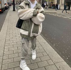 Winter Fashion Outfits, Look Fashion, Autumn Winter Fashion, Korean Fashion, Fall Outfits, Fall Winter, Moda Outfits, Retro Outfits, Cute Casual Outfits