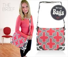 Messenger Style Brief: Must-Have Bags with Fabric.co Free tute from Sew4Home.com  They have such lovely stuff one of my fav. actually my fav sewing site!!