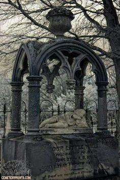 our little willie fell calmly to sleep elmwood cemetery charlotte nc