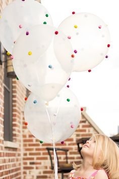 These DIY pom-pom balloons are such an easy balloon craft idea. Just add pom-poms to balloons with hot glue on the low setting - a 5 minute balloon craft! Pom Pom Decorations, Diy Party Decorations, Balloon Decorations, Ceremony Decorations, Wedding Decoration, Partys, Kids Crafts, Preschool Crafts, Party Planning