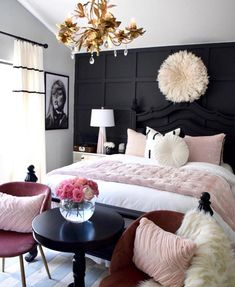 Summer is arriving and we need to get ready for it so, today PullCast is going to present you 6 impressive summer interior design trends for your home. Glam Bedroom, Room Ideas Bedroom, Home Decor Bedroom, Dream Rooms, Luxurious Bedrooms, My New Room, Beautiful Bedrooms, Home Decor Inspiration, Decor Ideas