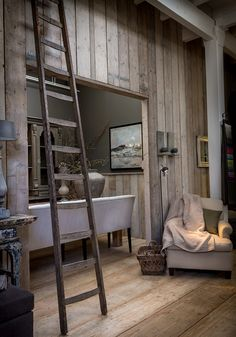 mooi!!!!! Steigerhout op de muur! Door advieseninterieur
