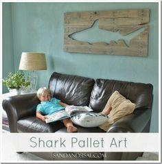 Pallet Art Shark - pretty cool idea for Stephen's office