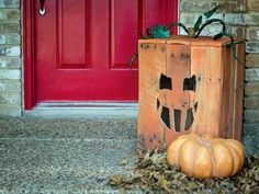 Pallet Jack-O'-Lantern - Our 55 Favorite Halloween Decorating Ideas on HGTV