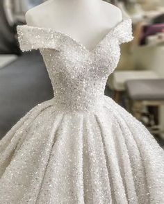 2020 Princess Off Shoulder Glitter Wedding Dresses Ball Gown .- 2020 Prinzessin Schulterfrei Glitter Brautkleider Ballkleider – New Ideas Gowns Dresses 2020 Princess Off shoulder Glitter Wedding D - Custom Wedding Dress, Wedding Dress Trends, Princess Wedding Dresses, Dream Wedding Dresses, Bridal Dresses, Glitter Wedding Dresses, Disney Inspired Wedding Dresses, Princess Wedding Gowns, Sparkly Wedding Dresses