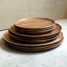 "Image of 8"" acacia plate"