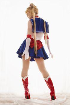 Sailor Moon by EnchantedCupcake.deviantart.com