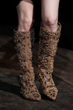 Dolce  Gabbana | Fall 2014 Ready-to-Wear Collection