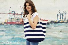 ❤ Diese Strandtasche Shopper XL Nautical ist handgearbeitet und für den höchsten Komfort und das schönste Sommer Gefühl designed.   Mit dieser XL Strandtasche machen Sie das beste Sommer Geschenk...