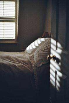 stored-snapshots: Y is for the Yellow blanket (by Justine Gordon)