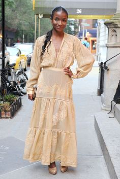 NY Socialite Genevieve Jones. That side pony and the color of the dress! Lovely