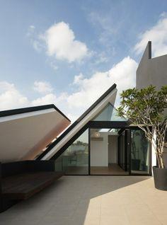 Armadillo House by Formwerkz Architects