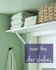 small-bathroom-over-the-door-shelving.gif 500×625 pixels
