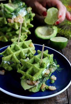Gofry szpinakowe #mpm #właczgoscinnosc Seafood Recipes, Appetizer Recipes, Snack Recipes, Cooking Recipes, Yummy Eats, Yummy Food, Healthy Snacks, Healthy Recipes, Eat Happy
