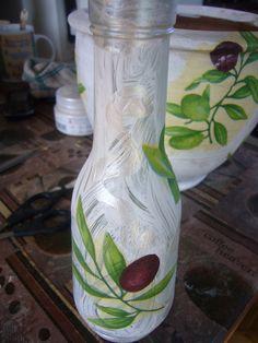 Come make beautiful creations like this one in Palette's art studio!!! #glassbottledecoupage