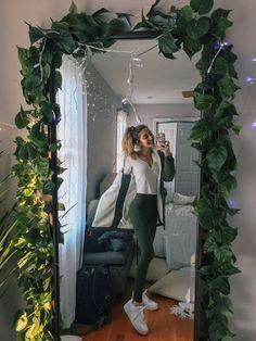 Room Ideas Bedroom, Bedroom Decor, Diy Dorm Room, Cute Room Decor, Aesthetic Room Decor, Aesthetic Girl, Aesthetic Clothes, Cozy Room, Dream Rooms