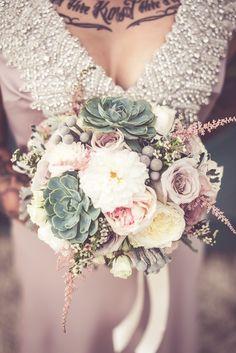 Sarah & Stefan – Rockabilly & Vintage Wedding | DivArt Flowers