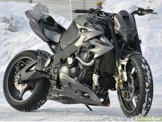 "Moto :   Illustration   Description   GSX-R 1000 ""Iron Gixx"""