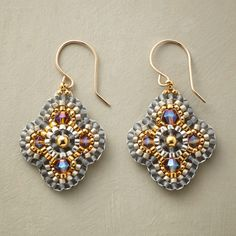 Lisa Yang's Jewelry Blog: DIY Miguel Ases Style: Finding a Good Center Bead