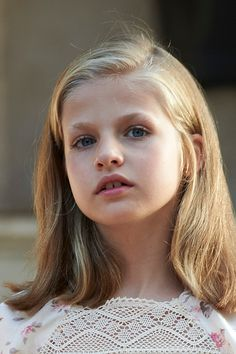 Princess Leonor of Spain poses for the photographers at the Marivent Palace on August 3, 2015 in Palma de Mallorca, Spain.