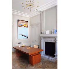    contemporary art   classical architecture    #art #artwork #contemporaryart #painting #interiors #modernist #midcentury #scandinavian #homeoffice #office #desk #decor #pendantlight #interiordesign #instaart #instadesign #artgallery #pendant #pingo_art