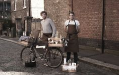 Have gin, will travel. A roving bicycle bar hits the streets of London. http://ht.ly/di6mj
