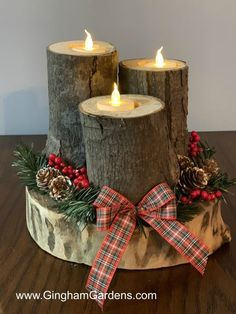 Gingham Gardens has some fun and easy DIY Projects Using Tree Branches and Logs, including log and wood slice snowmen, and a rustic log centerpiece. Wood Log Crafts, Wooden Christmas Crafts, Christmas Log, Wood Slice Crafts, Xmas Crafts, Christmas Projects, Simple Christmas, Diy Crafts, Driftwood Crafts