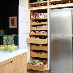 Looking for kitchen storage ideas? Turn your kitchen from a clutter fest into a tidy haven with these easy ideas to max out your storage Kitchen Cupboard Storage, Clever Kitchen Storage, Kitchen Storage Solutions, Smart Kitchen, Kitchen Cupboards, Kitchen Items, Country Kitchen, New Kitchen, Kitchen Larder