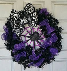 Cute Itsy Bitsy Spider Halloween Wreath with by JandJPrettyThings