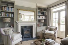 A Edwardian-style home in Kent is given an elegant redesign in the April issue of The English Home magazine. Photography by David Merewether. 1920s Home Decor, Home Decor Uk, 1920s Interior Design, Interior Design Living Room, Victorian Living Room, 1920s House, Small House Decorating, Lounge Design, English House