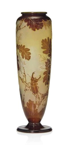 GALLÉ OVERLAID AND ACID-ETCHED CAMEO GLASS VASE 'STAG BEETLE AND OAK LEAVES', CIRCA 1900, SIGNED
