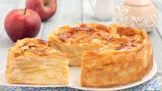 Le gâteau invisible aux pommes cyril lignac est un dessert très spécial. Ce n'est pas la tarte aux pommes douce habituelle, mais un gâteau très moelleux ... 3 Ingredients, Crepes, Apple Pie, Biscuits, Tacos, Cooking, Ethnic Recipes, Food, Ainsi