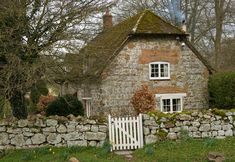 """cottage dear cottage with sweet stone, gate and door. In this cottage I'd play the Beattles, """"When I'm Sixty Four""""! Style Cottage, Cute Cottage, Cottage Living, Cottage Homes, Cottage Gardens, Brick Cottage, Country Living, Cottages England, Fairytale Cottage"""