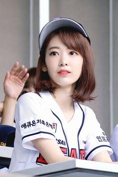 Kpop Girl Groups, Korean Girl Groups, Kpop Girls, Kagoshima, Yuri, Honda, Sakura Miyawaki, Fandom, Japanese Girl Group