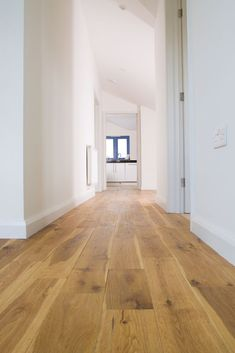 Oak wood Floors Living Room is part of Engineered wood floors - Welcome to Office Furniture, in this moment I'm going to teach you about Oak wood Floors Living Room Hickory Flooring, Engineered Hardwood Flooring, Timber Flooring, Hardwood Floors, Flooring Ideas, Modern Wood Floors, Hallway Flooring, Flooring Options, Laminate Flooring