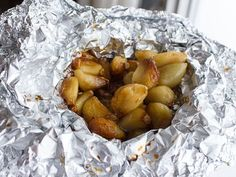 How to Roast Peeled Garlic Cloves in the Oven - Instructions and Directions - Simple instructions for roasting peeled garlic in the oven using some aluminum foil, oil and salt. Tasted just like a whole roasted head of garlic. Roasted Garlic Cloves, Baked Garlic, Olives, Roasting Garlic In Oven, Fresco, Garlic Recipes, Garlic Ideas, Avocado Recipes, Keto