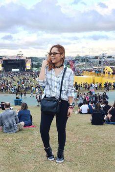 Looks Lollapalooza 2018 - Ideias de Looks - Comer Blogar e Amar The Strokes, Pearl Jam, Look Lollapalooza, Coachella, Look Con Short, Rock In Rio, Boho, Ideias Fashion, Hipster