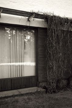 File:Alvar Aalto, Villa Mairea 09.jpg