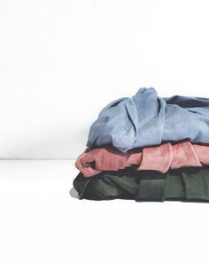 nossas cores.  o pb é nossa paixão maior mas a cartela da #bonairecollection ganhou meu coração! ( saia amarração lateral ) #crieiusei #carolfarina #usocf #dreammakeithappen shopcarolfarina.com.br/